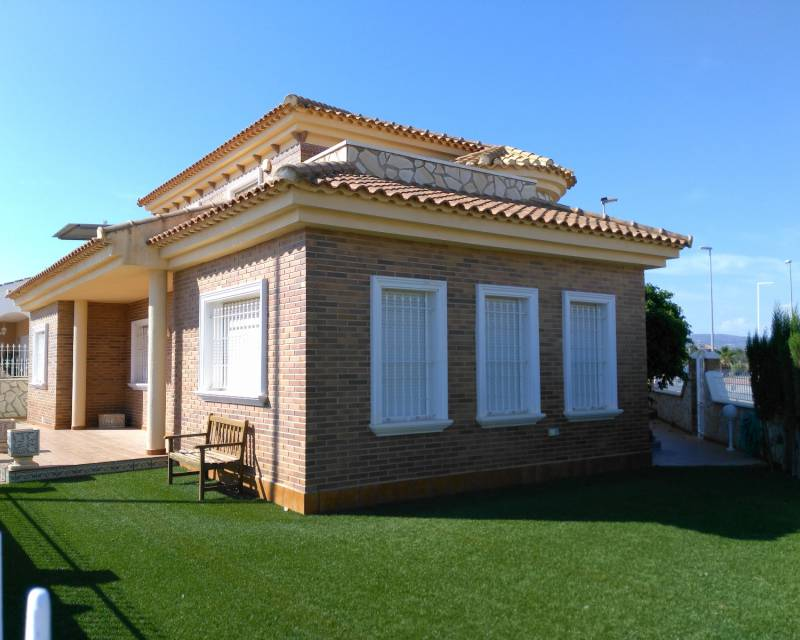 Semi Detached Villa - Resale - Balsicas - Avileses