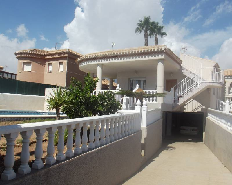 Detached Villa - Resale - Orihuela Costa - La Zenia
