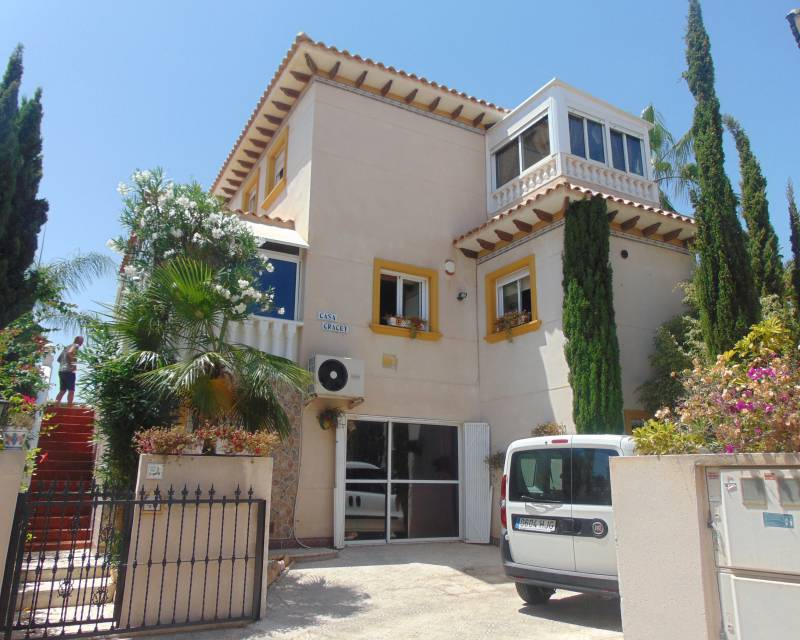 Detached Villa - Resale - Orihuela Costa - Playa Flamenca