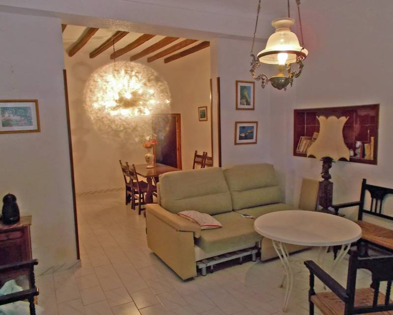 Detached Villa - Resale - Yecla - Raspay