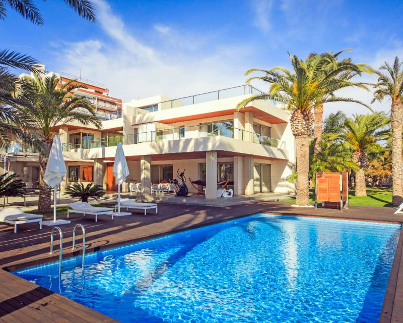 Detached Villa - Resale - Torrevieja - Mar Azul