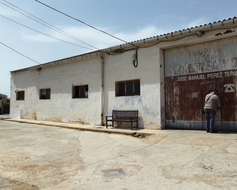Commercial Unit - Resale - Los Montesinos - Los Montesinos