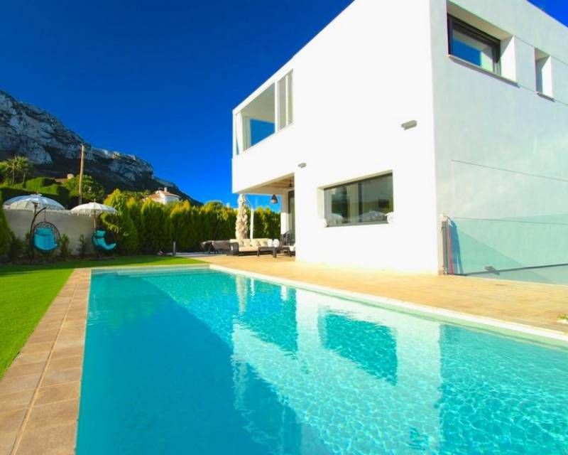 Chalet independiente - Reventa - Denia - Denia