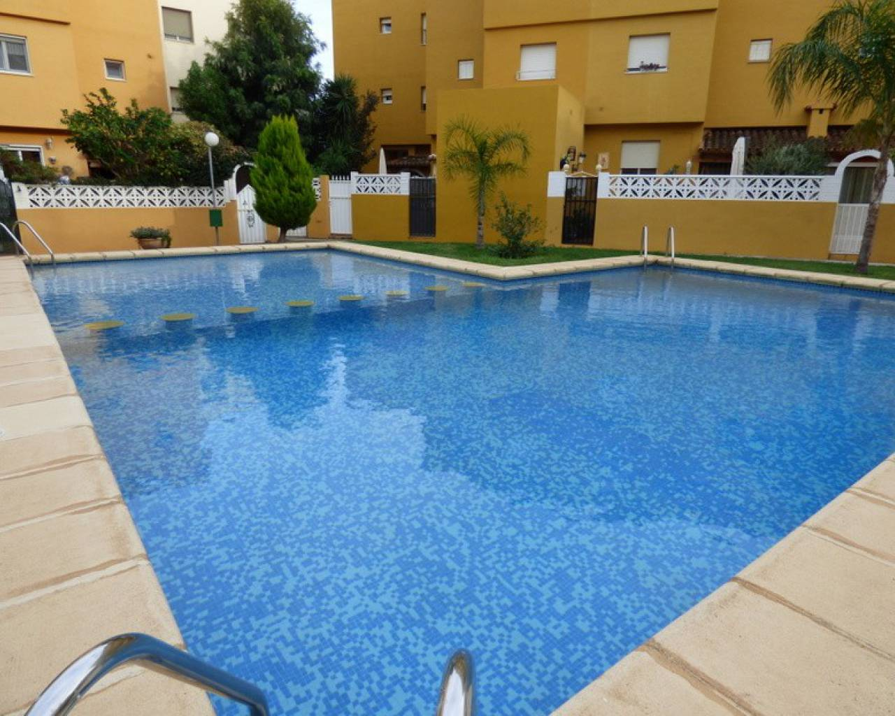 Resale - Townhouse  - Ondara