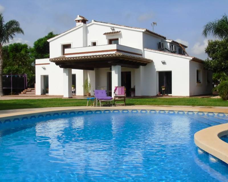 Detached Villa - Resale - La Xara - La Xara