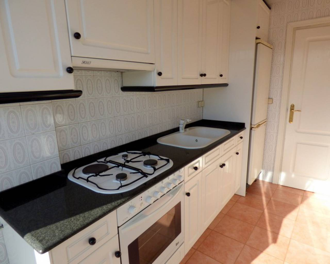 Resale - Apartment - Denia