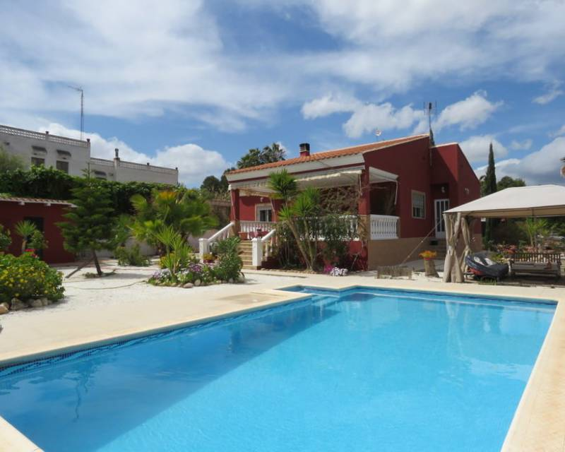 Detached Villa - Resale - Turis - Turis