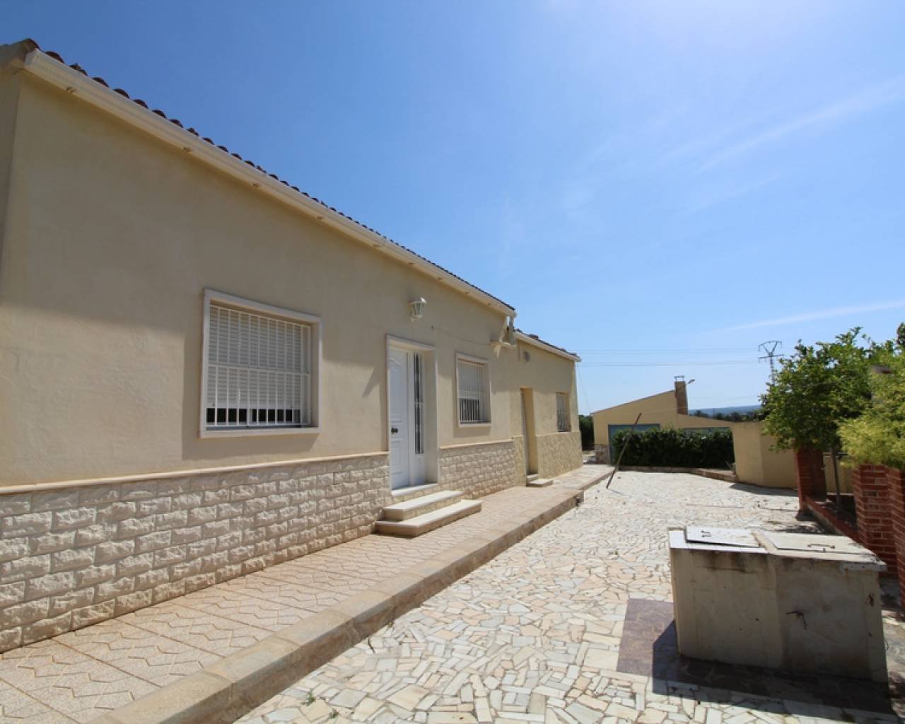 Resale - Semi Detached Villa - Valverde