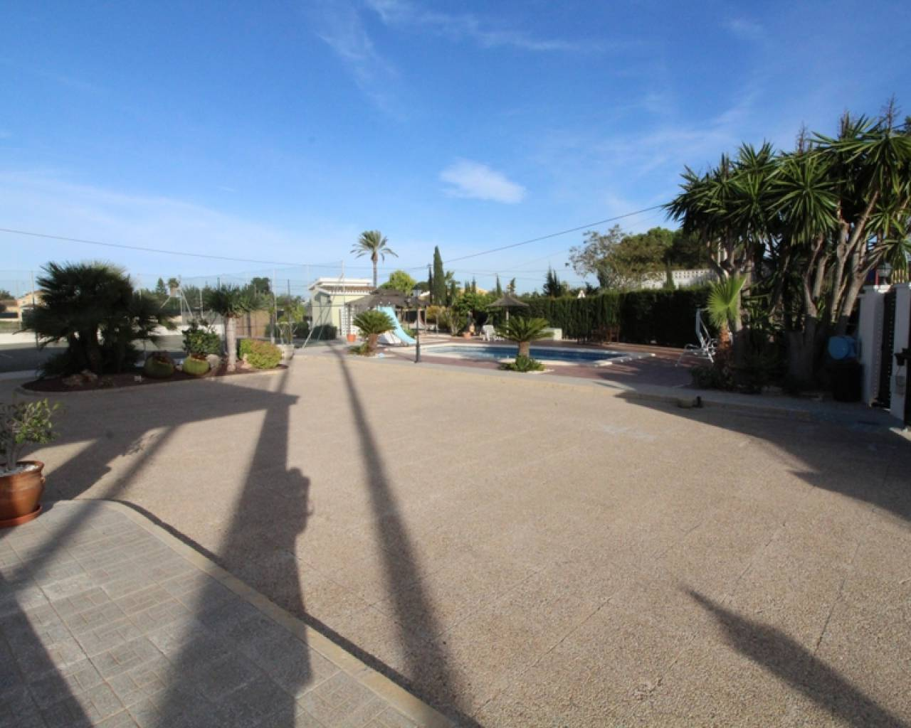 Resale - Detached Villa - Valverde