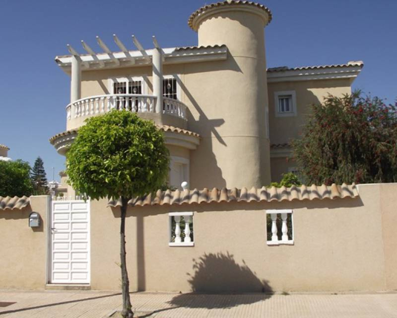 Detached Villa - Resale - La Marina - La Marina