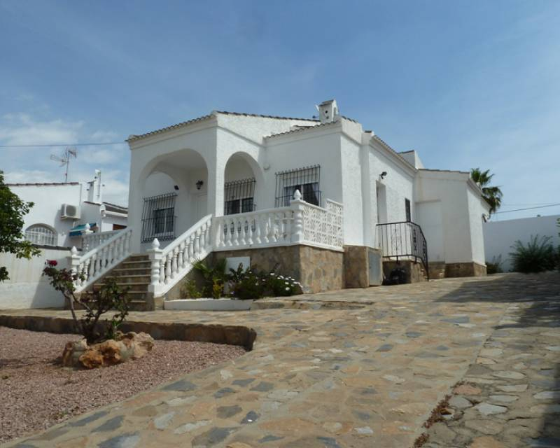 Detached Villa - Resale - Torrevieja - San Luis