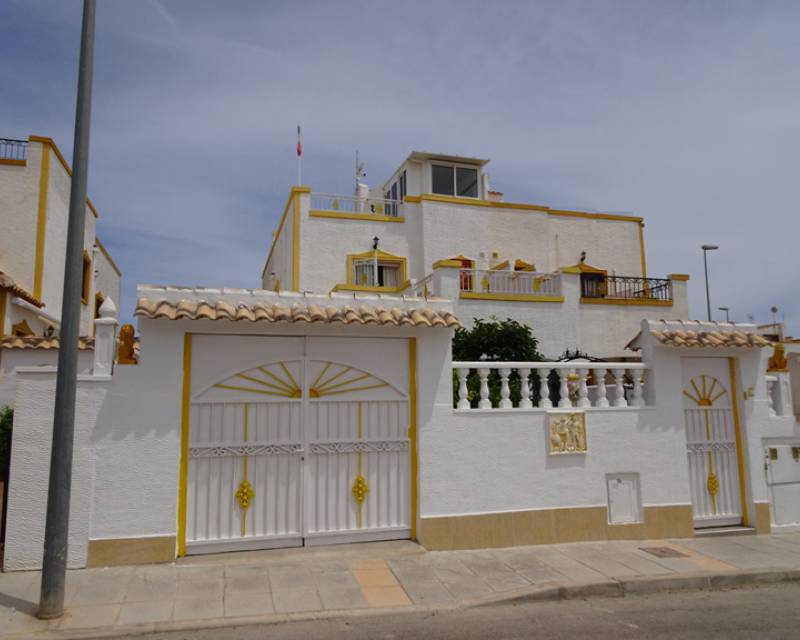 Townhouse  - Resale - Los Montesinos - Entre Naranjos