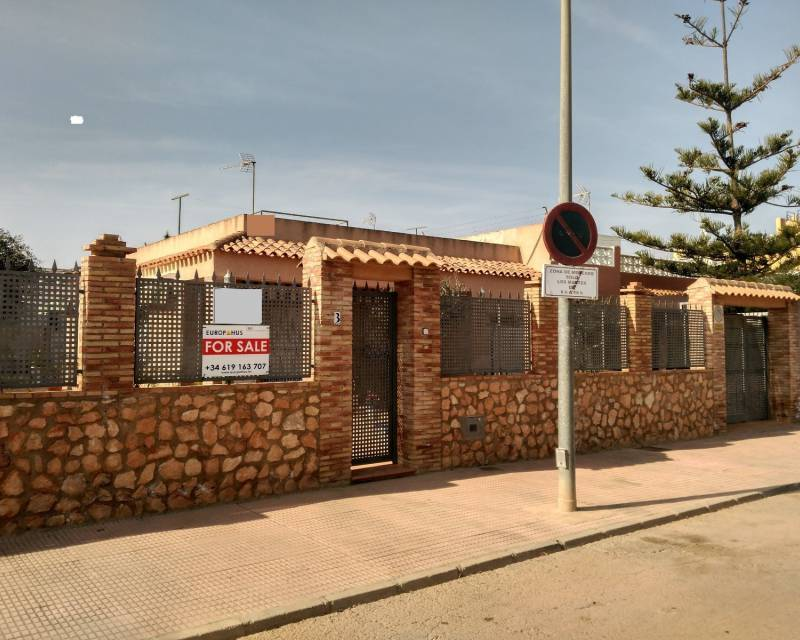 Semi Detached Villa - Resale - Los Alcazares - Centre. Beach