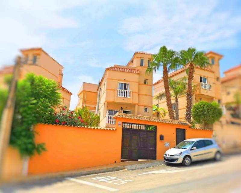 Detached Villa - Resale - El Galan - El Galan