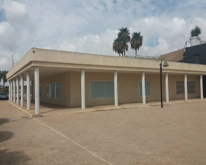 Commercial Unit - Resale - Los Alcazares - Oasis