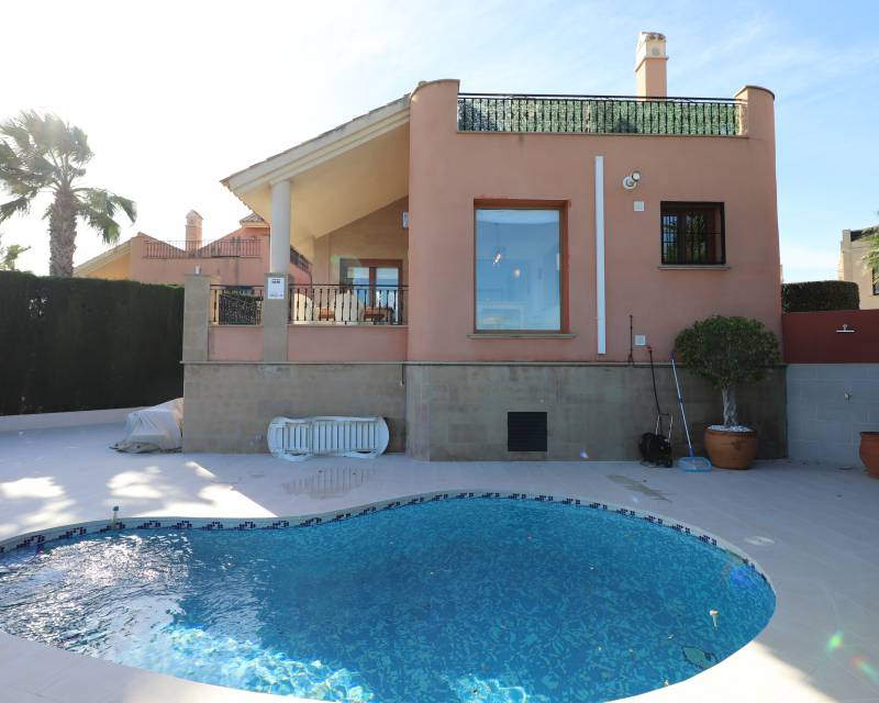 Detached Villa - Resale - Algorfa - La Finca