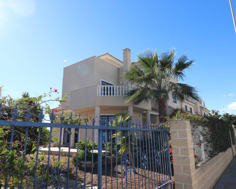 Semi Detached Villa - Resale - Guardamar Del Segura - El Raso