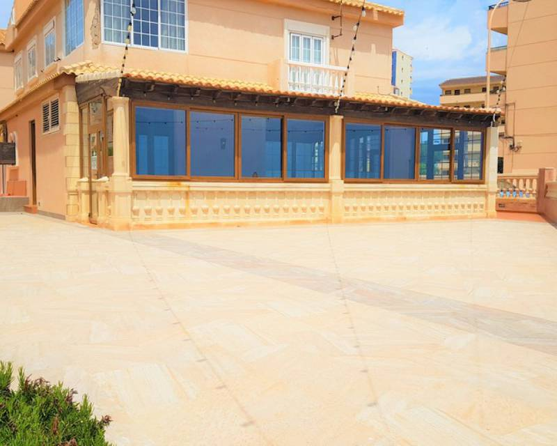 Commercial Unit - Resale - Torrevieja - Torrevieja