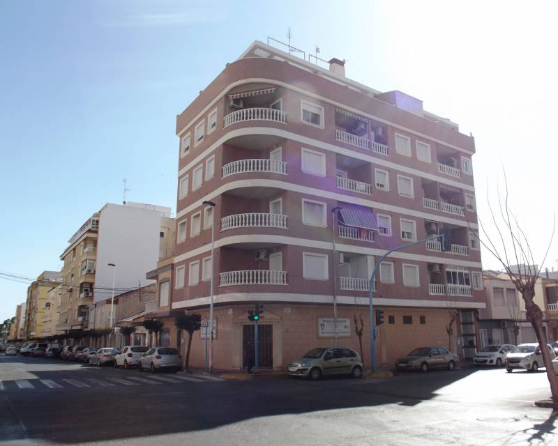 Apartment - Resale - Torrevieja - Torrevieja Town Centre