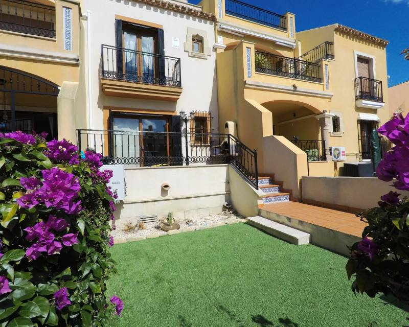 Townhouse  - Resale - Algorfa - La Finca