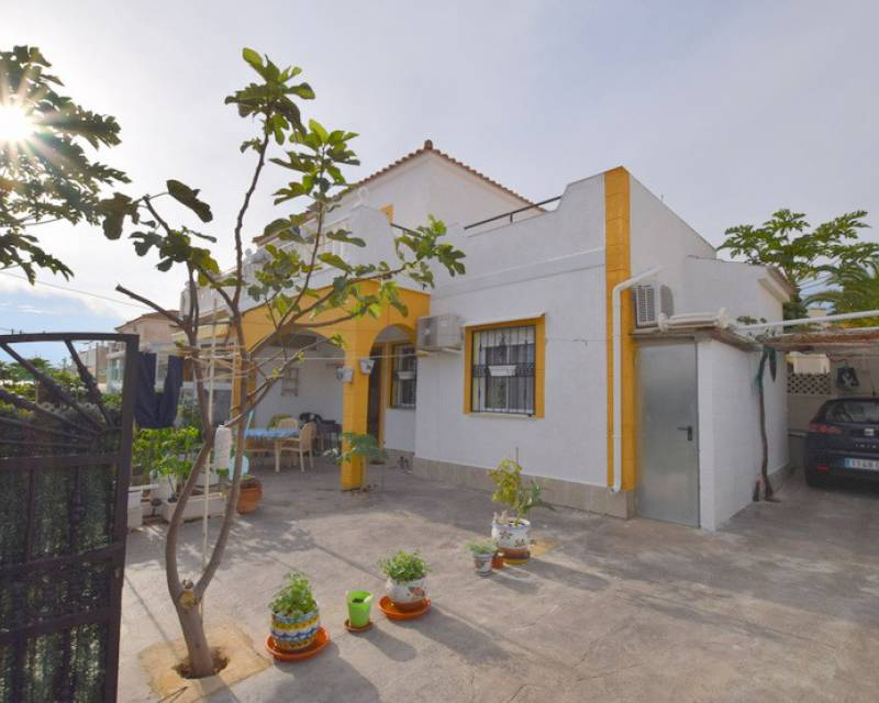 Townhouse  - Resale - Los Altos - Los Altos