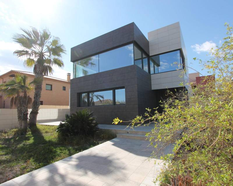 Detached Villa - Resale - La Mata - La Mata