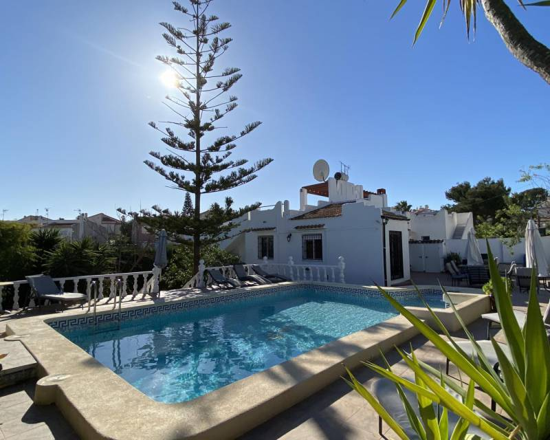 Detached Villa - Resale - Torrevieja - Los Balcones