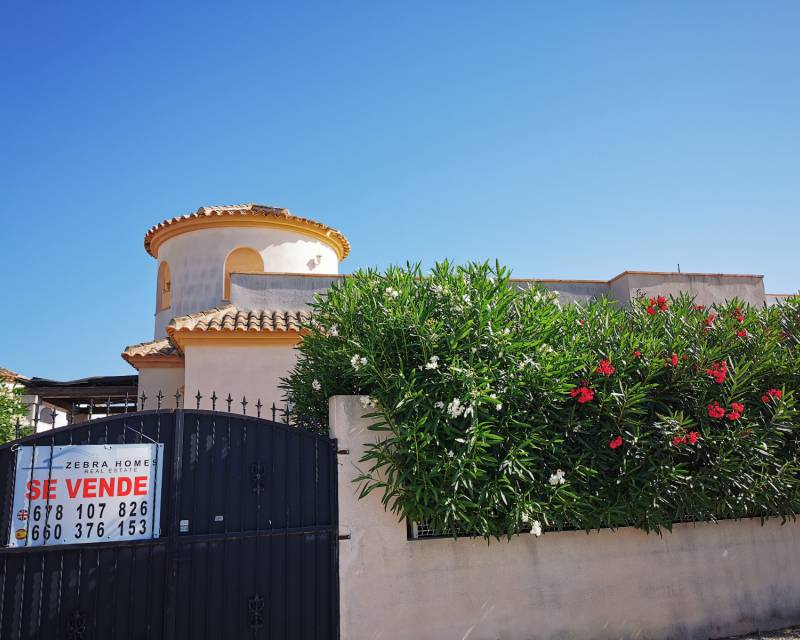 Detached Villa - Resale - Guardamar Del Segura - Urbanisations
