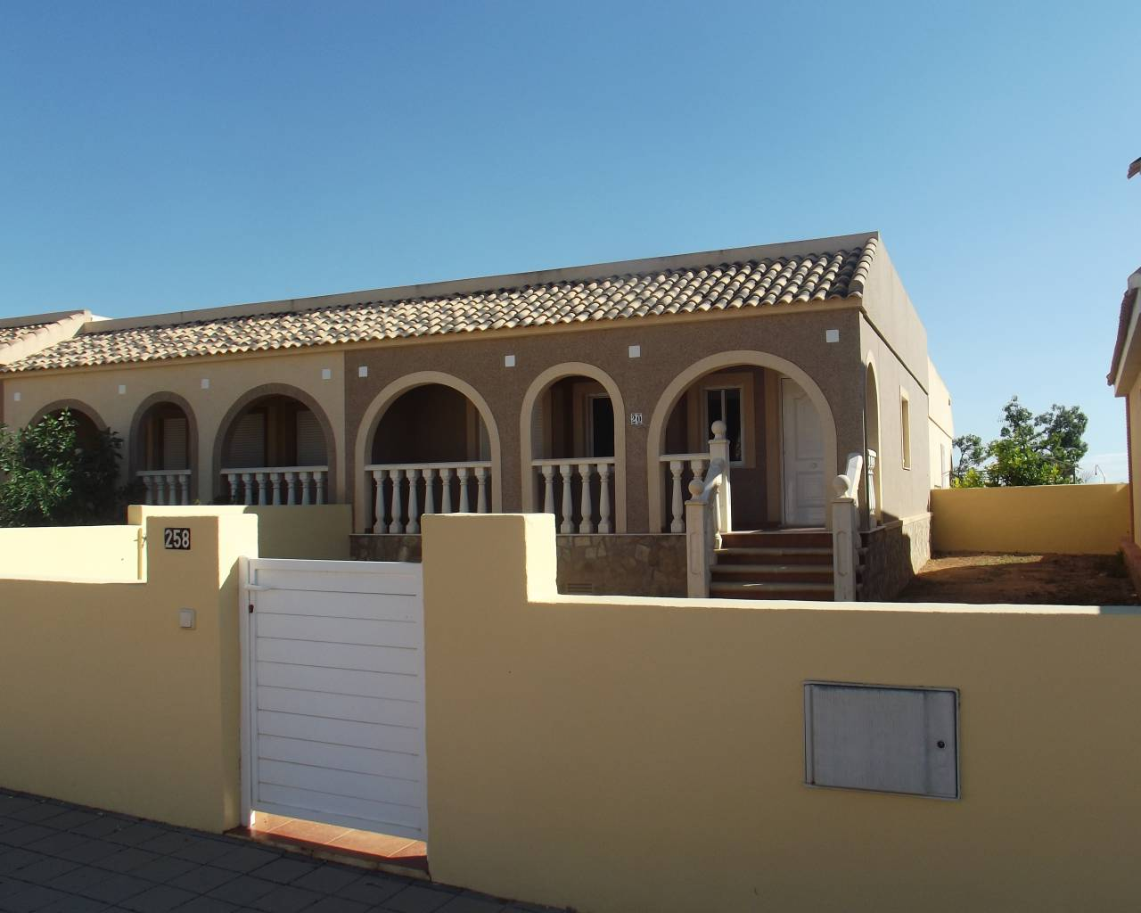 Resale - Bungalow - Balsicas - Sierra Golf